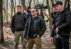 """Regisseur Ric Roman Waugh (Mitte) inszenierte """"Angel Has Fallen""""."""