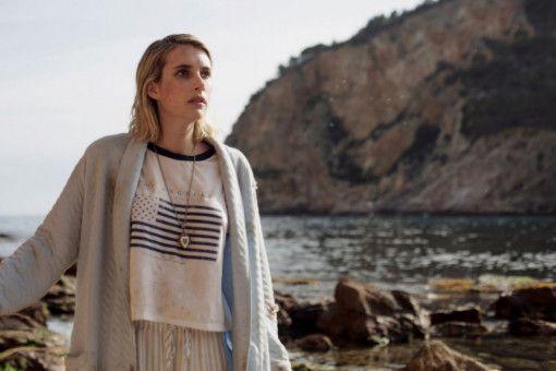 Uma (Emma Roberts) hat keine Ahnung, wo sie ist.