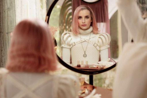 Auf das verordnete Umstyling hat Uma (Emma Roberts) keine große Lust.