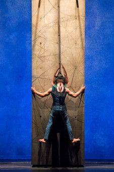 """Musik, Tanz, Theater und Neuer Zirkus verschmelzen beim """"düsseldorf festival!"""" zu einem Gesamtkunstwerk."""