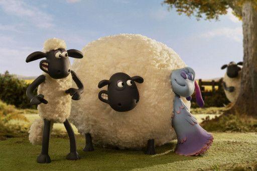 So wollige Schafe hat LU-LA noch nie gesehen. UStreng genommen hat sie noch überhaupt nie welche gesehen.