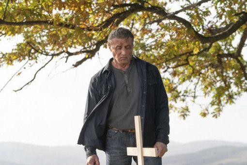 John Rambo (Sylvester Stallone) musstesich schon von einer  ganzen Reihe geliebter Menschen verabschieden.