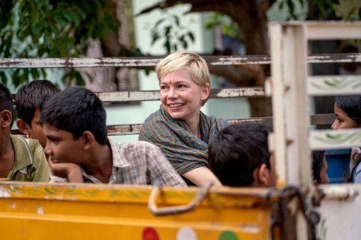 In Kalkutta fühlt sich Isabel (Michelle Williams) glücklich.