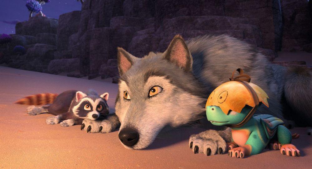 """Waschbär Piuh, der Wolf Lykos und Drachenbaby Nugur sind die heimlichen Helden von """"bayala - Das magische Elfenabenteuer""""."""