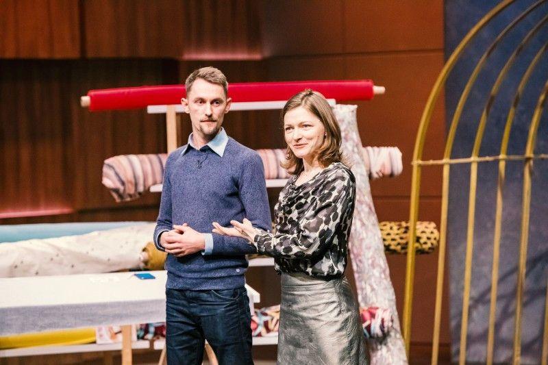 """<b>Folge 8:</b> Nora Baum und Markus Uhlig haben die App """"Pattarina"""" entwickelt, ein Produkt für Menschen, die gerne nähen. Mit der App können Schnittmuster vom Handy auf den Stoff übertragen und so einfach nachgezeichnet werden."""