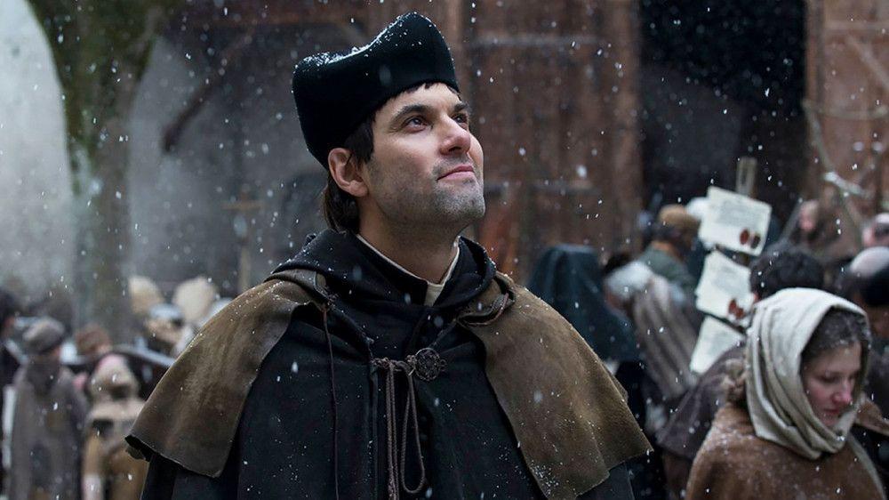 Ulrich Zwingli (Max Simonischek) ist für die Schweiz das, was für die Deutschen Martin Luther ist.