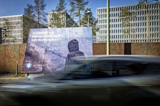 """""""Artists & Agents – Performancekunst und Geheimdienste in Osteuropa"""""""