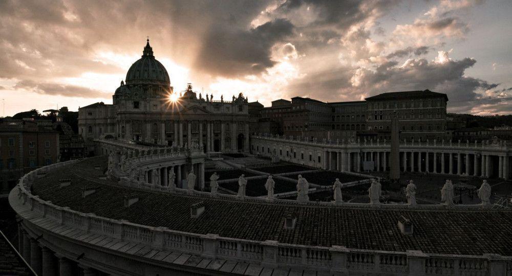 """Einstieg in die Welt des Vatikans: """"Verteidiger des Glaubens"""" bringt vor allem Insider des römischen Staats im Staat vor die Kamera - und bezieht daraus seine Faszination."""