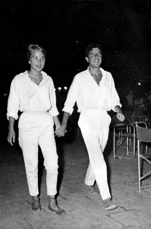 Im Jahr 1960 lernten sich der Poet und Musiker Leonard Cohen und seine Muse Marianne Ihlen auf der Insel Hydra kennen.
