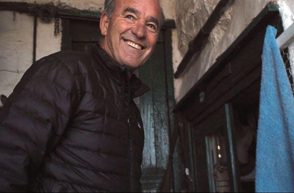 Auf Hydra besuchte Regisseur Nick Broomfield die Orte, an denen Cohen und Ihlen in den 60er-Jahren lebten.