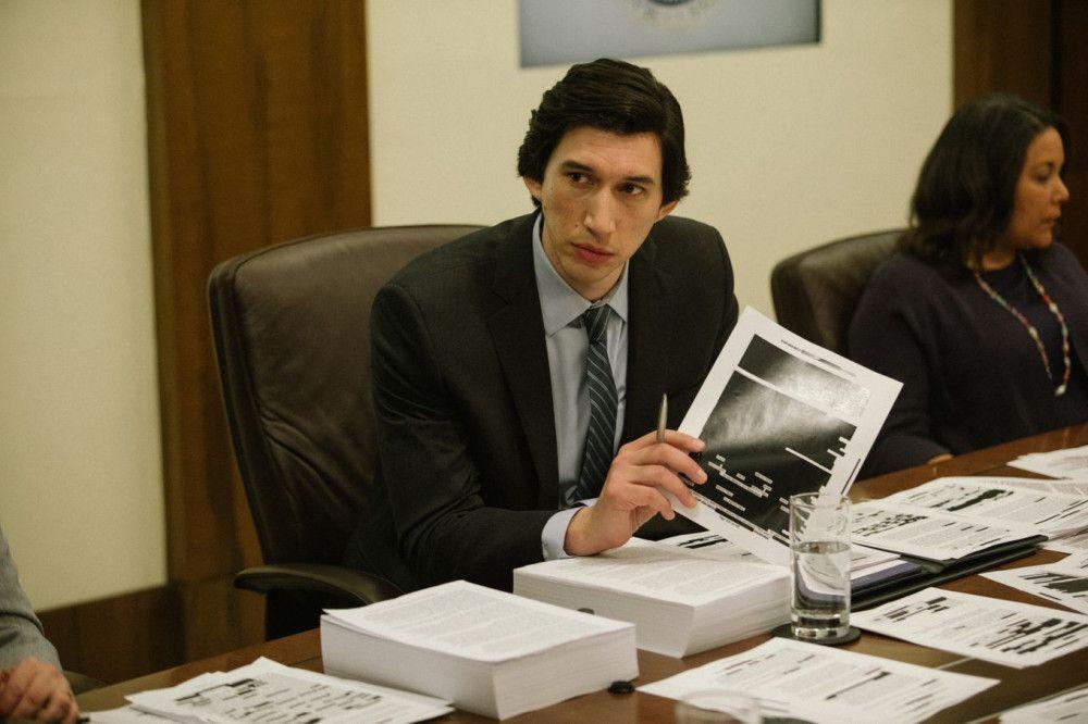 Daniel Jones (Adam Driver) hält auf Tausenden Seiten die Methoden der CIA fest.