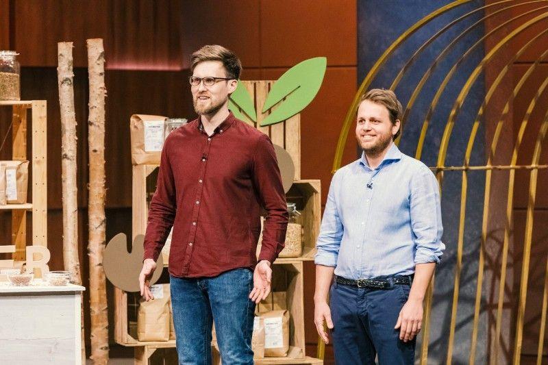 """<b>Folge 10:</b> Michael Gebhardt und Erik Renk haben ein Basismüsli mit gekeimten Getreidesorten entwickelt. Ihr Sortiment bei """"Keimster"""" besteht derzeit aus verschiedenen Mischungen und Einzelprodukten in zwei verschiedenen Größen -alles in Bioqualität."""