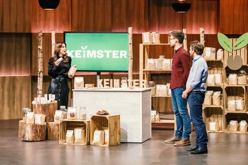 <b>Der Wunsch:</b> 300.000 Euro für 15 Prozent Firmenanteile</p> <p> <b>Der Deal:</b> Auch wenn die Gewinnmarge gering ist, bekommen die Gründer Angebote von Dagmar Wöhrl und Ralf Dümmel. Dümmel bekommt den Zuschlag und für 300.000 Euro 30 Prozent.