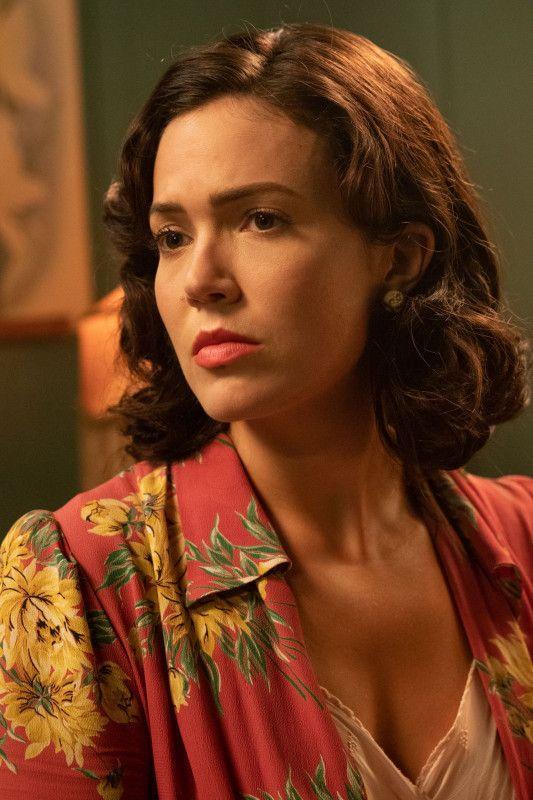 Ann Best (Mandy Moore) macht sich große Sorgen um ihren Ehemann, der im Pazifik gegen die Japaner kämpft.