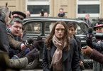 Katharine Gun (Keira Knightley) ist auf dem Weg zum Gericht: Sie muss sich für ihren Geheimnisverrat rechtfertigen.