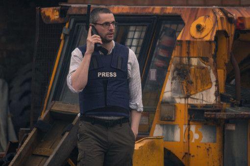 Der Journalist Peter Beaumont (Matthew Goode) berichtet aus dem Irak.