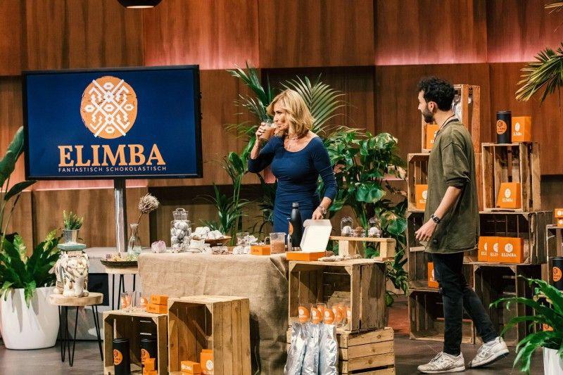 """<b>Folge 11:</b> Das letzte Produkt der Staffel stellt Elias El Gharbaoui vor: """"Elimba"""", eine Kakao-Kugel, die aus der Edelkakaosorte Criollo hergestellt wird."""