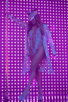 Ramona (Jennifer Lopez) ist der unangefochtene Star ihres Clubs.