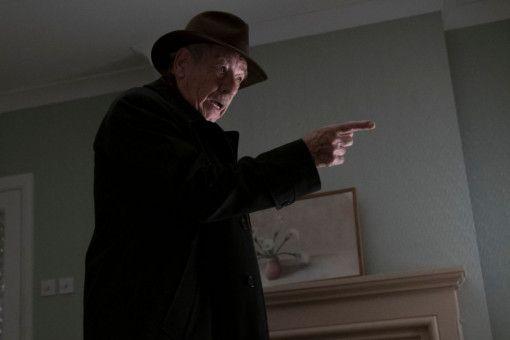 Der Betrüger Roy (Ian McKellen) wird vom Jäger zum Gejagten.