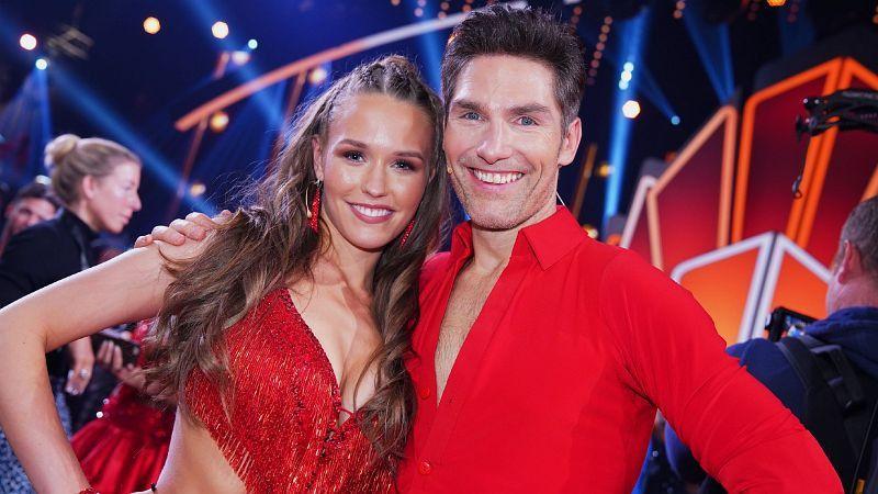 """Christian Polanc sei ihr absoluter Favorit, sagte Laura Müller im Vorfeld von """"Let's Dance"""". Und prompt teilte RTL ihr den """"Let's Dance""""-Dauerbrenner zu, der schon seit der ersten Staffel dabei ist. <b>Raus in Show 9.</b>"""