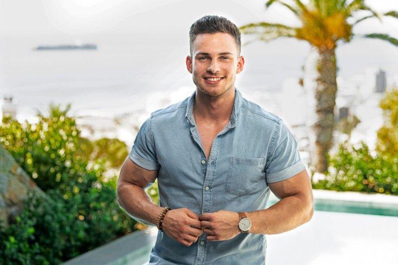 Dominic (24) aus Berlin: Er ist Fitnessökonomie-Student und Model. Seine Traumfrau muss schlank sein und darf  nicht rauchen und sollte eine selbstbewusste Südländerin sein.