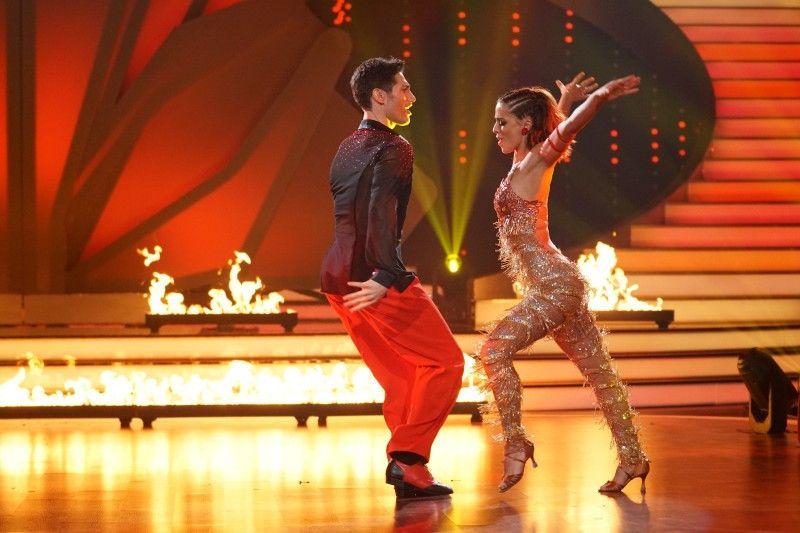 Auch die Samba von Vanessa Mai und Christian Polanc war ziemlich flott.