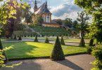 Brandenburgs zahlreiche Schlösser kennt man, aber die wenigsten wissen, dass einer der bedeutendsten Kulturschätze des Landes im Kloster Neuzelle zu sehen ist.