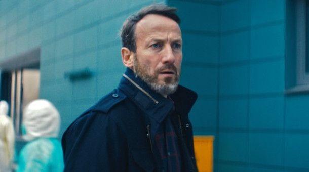Richard (Wotan Wilke Möhring) sucht verzweifelt nach seiner Tochter.