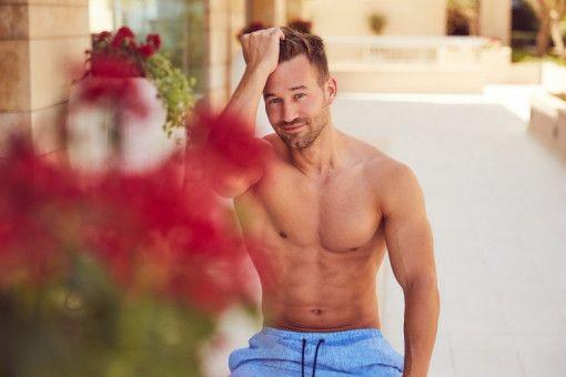 """Patrick (29), Personal- und Fitnesstrainer aus München, ist siegessicher: """"Die anderen Männer sind für mich keine Konkurrenz"""", glaubt er."""