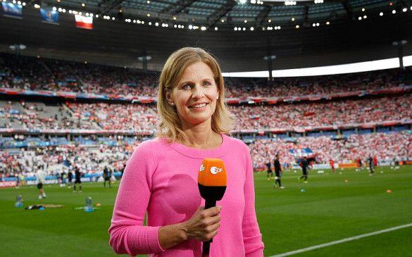 Katrin Müller-Hohenstein meldet sich aus der Arena in München, in der wegen der Corona-Pandemie allerdings erneut keine Zuschauer zugelassen sind.