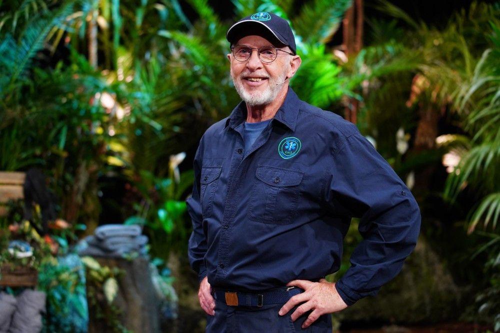 """Und auch Dr. Bob hat es sich nicht nehmen lassen, extra für die """"Dschungelshow"""" nach Deutschland zu reisen."""