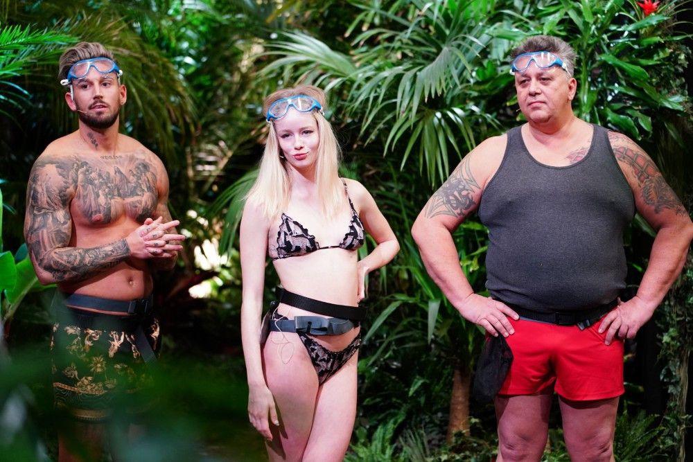 """Das sieht auf den ersten Blick nach """"Dschungelcamp"""" aus! Mike Heiter, Zoe Saip und Frank Fussbroich müssen zur ersten Dschungelprüfung antreten."""