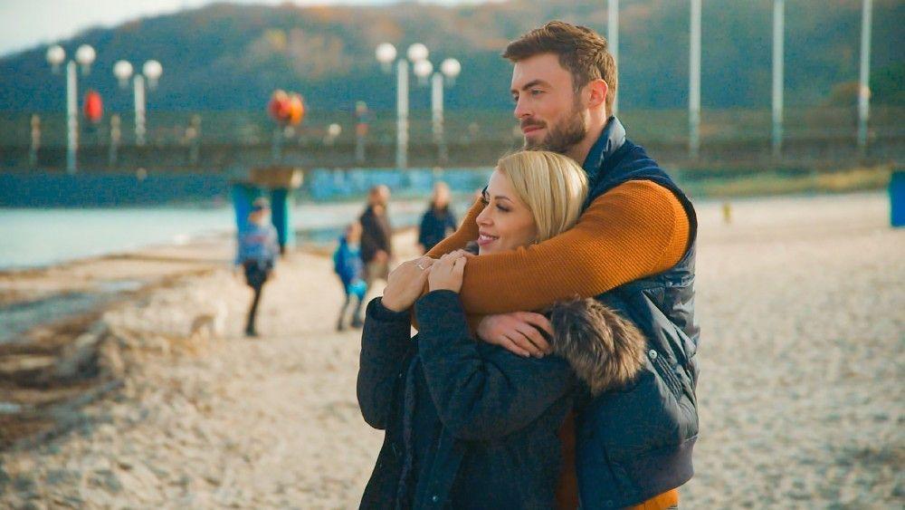 """Der """"Bachelor"""" entscheidet sich für Denise und verbringt mit ihr einen romantischen Tag."""