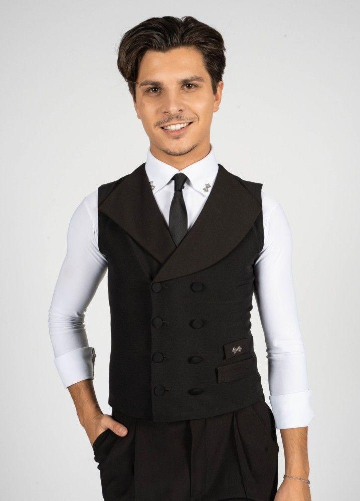 Alexandru Ionel (26, aus Hamburg, u.a. deutscher Vizemeister im Standardtanz) ist einer der vier neuen Tänzer.