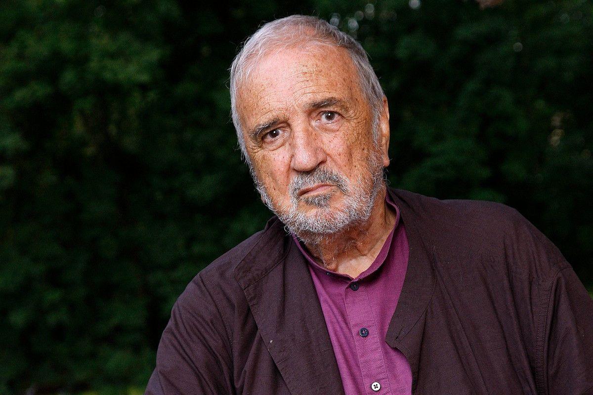 """Jean-Claude Carrière schrieb das Drehbuch für """"Die Blechtrommel"""" von Volker Schlöndorff, 2014 bekam er den Ehren-Oscar für sein Lebenswerk. Im Alter von 89 Jahren starb er am 8. Februar 2021."""