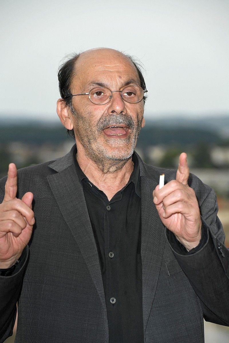Jean-Pierre Bacri war ein gefeierter Schauspieler und Drehbuchautor. Er gehörte zu dem bekanntesten Komödianten Frankreichs. Im Alter von 69 Jahren starb er am 18. Januar in Paris.