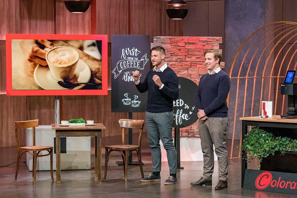 <b>Folge 6:</b> Bei Coffee Colorato, einem Kaffeedrucker für personalisierte Getränke, investieren Dagmar Wöhrl und Carsten Maschmeyer gemeinsam 175.000 Euro für 25 Prozent.