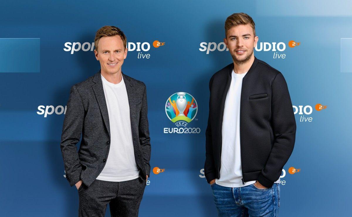 Das ZDF überträgt die Fußball-EM 2020 (wegen der Corona-Pandemie auf 2021 verschoben) live. Hier erfahren Sie mehr über die Kommentatoren, Reporter und Experten.