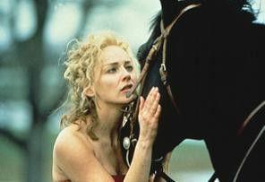Tja, liebes Pferdchen, du musst  leider sterben! Sharon Stone als  Rosie