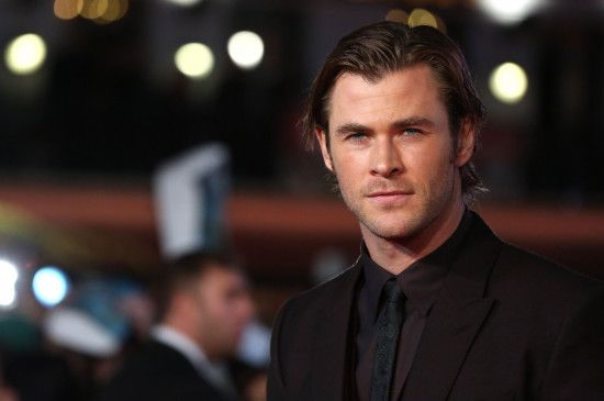 Trat zu Beginn seiner Karriere als Surferboy in Erscheinung: Chris Hemsworth.