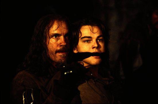 Hab' ich jetzt den echten König? John Malkovich (l.) und Leonardo DiCaprio