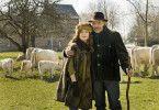 Brigitte und Xavier (Isabelle Huppert/Jean-Pierre Darroussin) leben als Rinderzüchter in der Normandie, teilen sich Alltag und Arbeit.