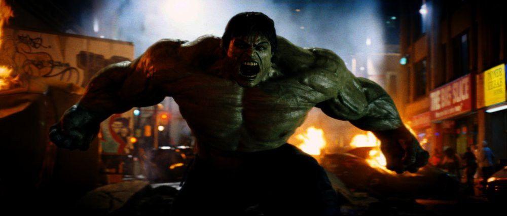 Bei jedem Anflug von Wut mutiert Banner zu Hulk, einem gewaltigen, grünen Monster...