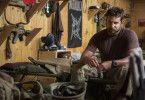 Chris Kyle gelingt es immer wieder, mit präzisen tödlichen Schüssen viele seiner Kameraden zu retten. Die Iraker setzen ein Kopfgeld auf ihn aus.