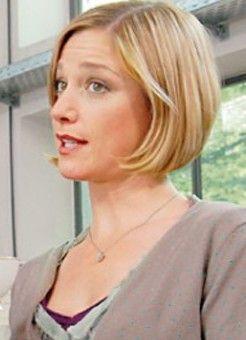"""Julia Stinshoff in """"Ein Date fürs Leben"""""""