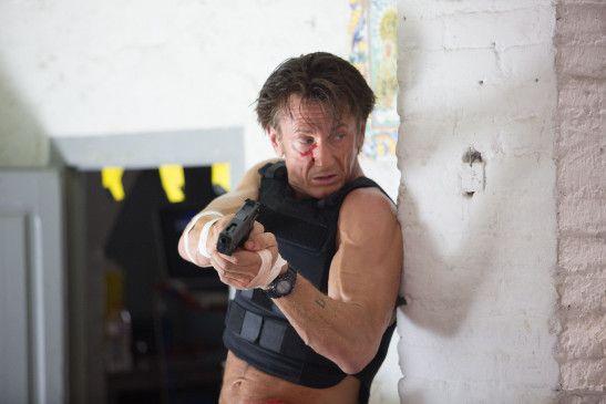 Jahre nach seinem letzten Einsatz wird der Ex-Söldner Jim Terrier (Sean Penn) von seiner Vergangenheit eingeholt.