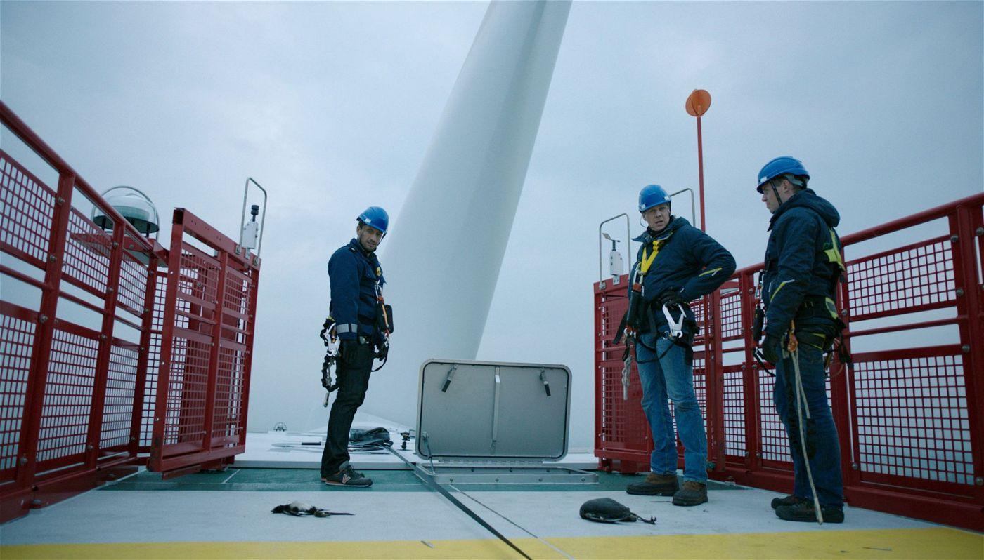 Auf einer Offshore-Anlage in der Nordsee sucht Hauptkommissar Stedefreund nach Hinweisen zum Verschwinden des Umweltaktivisten.