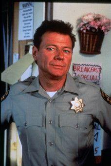 Polizist Jack Donnelly (Michael Parks) hat ein mörderisches Hobby.