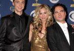 Kaley Cuoco mit ihren Kollegen Johnny Galecki und Jim Parsons