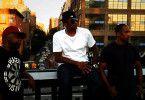 Eine der einflussreichsten und innovativsten Hip-Hop Gruppen aller Zeiten: Beats, Rhymes & Life: The Travels Of A Tribe Called Quest. - Phife Dawg, Q-Tip und Ali Shaheed Muhammad.